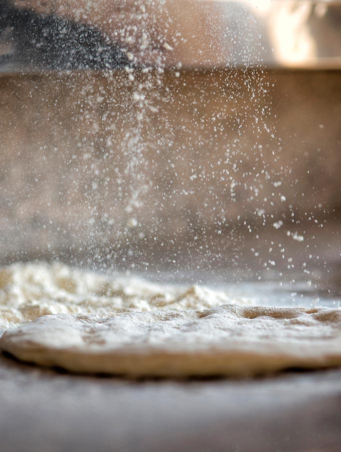 pizza-backstage-flour-rain