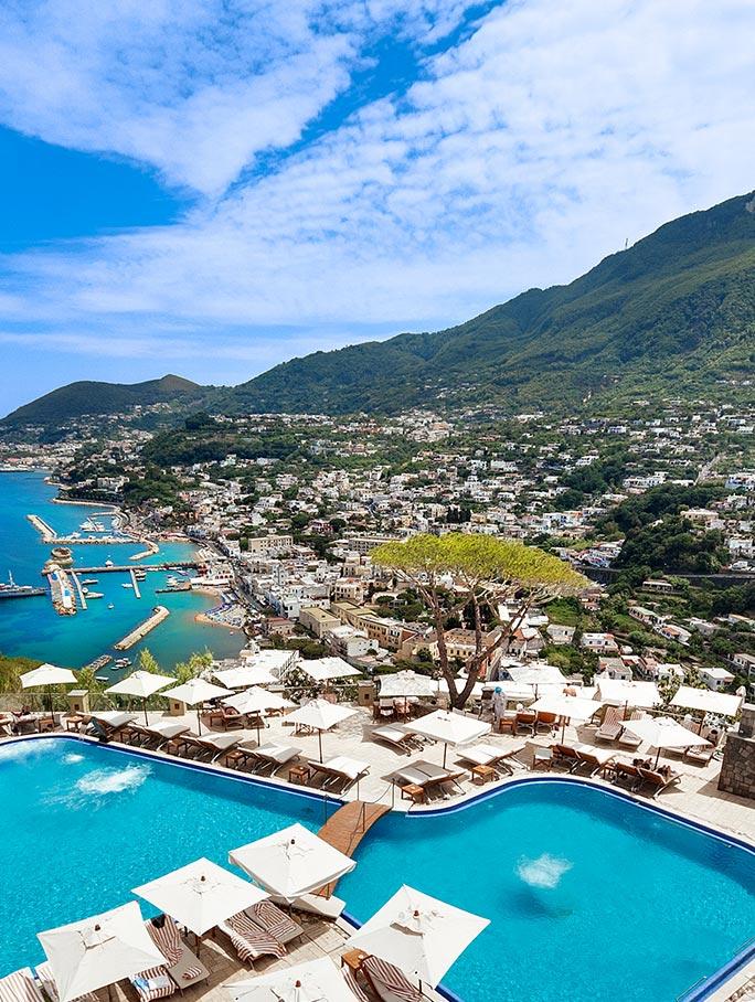 vista aerea piscina san montano resort