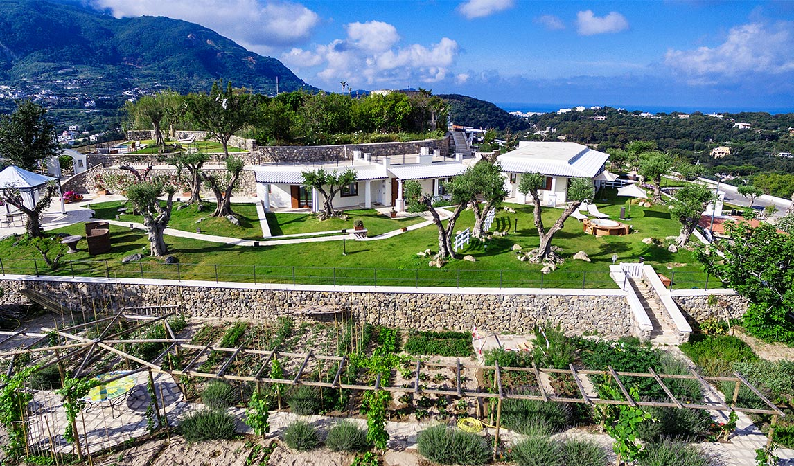 visuale aerea giardino suite la zagara